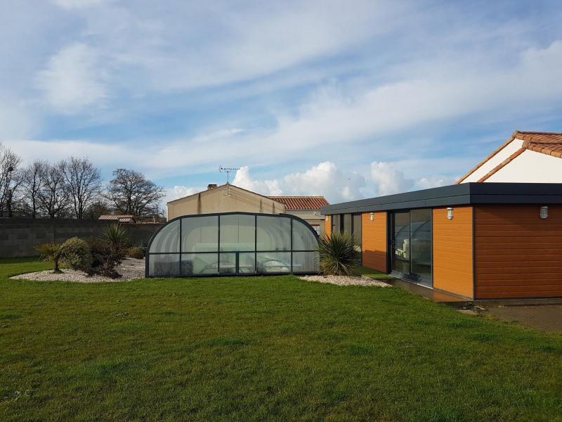 Sale house / villa Grosbreuil 335000€ - Picture 2