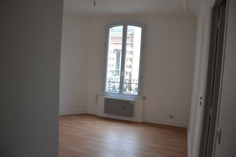 Location appartement Bois-colombes 780€ CC - Photo 2