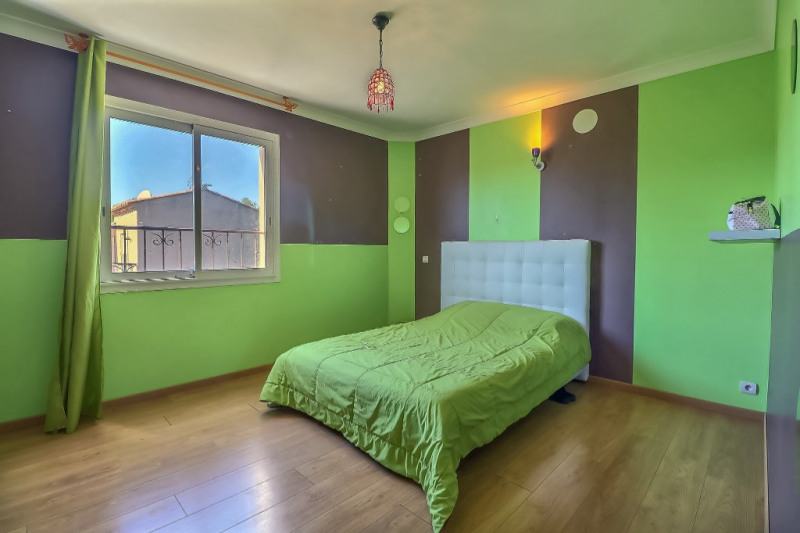 Vente maison / villa Redessan 309000€ - Photo 5