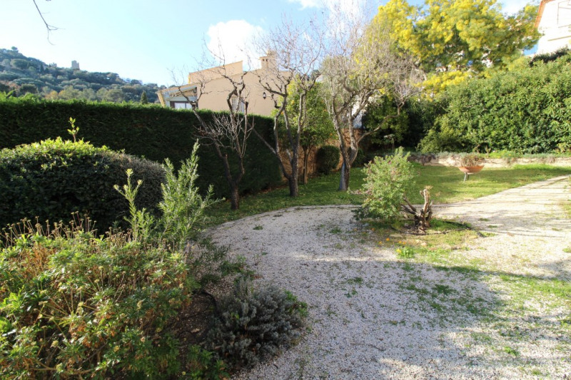 Vendita appartamento Hyeres 296800€ - Fotografia 10