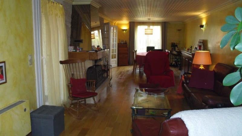 Sale house / villa Lesigny 305000€ - Picture 2