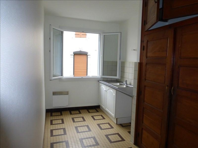 Rental apartment Arudy 550€ CC - Picture 2