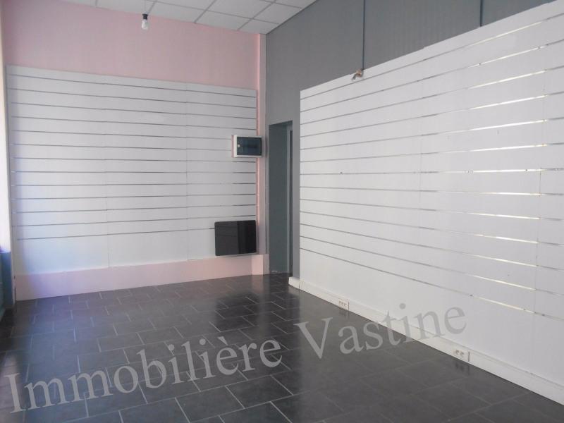 Location local commercial Senlis 630€ CC - Photo 2