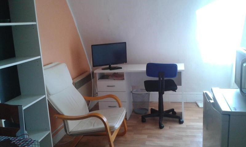 Rental apartment Vichy 150€ CC - Picture 3