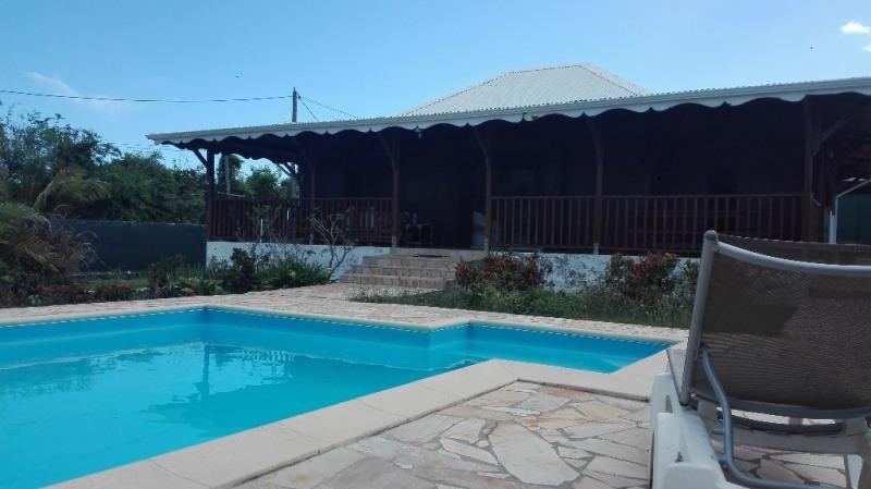 Rental house / villa Saint francois 1400€ CC - Picture 1
