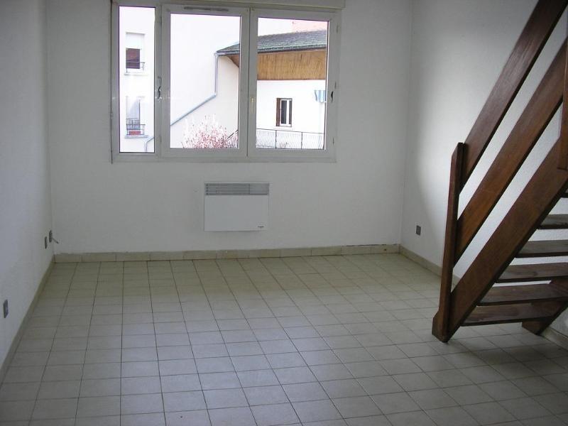 Rental apartment Montreal la cluse 480€ CC - Picture 1