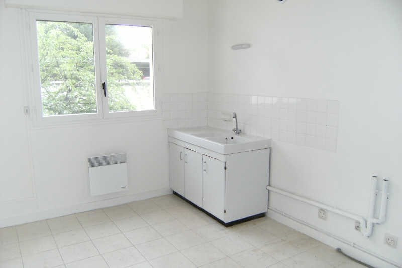Location appartement Chatellerault 505€ CC - Photo 4