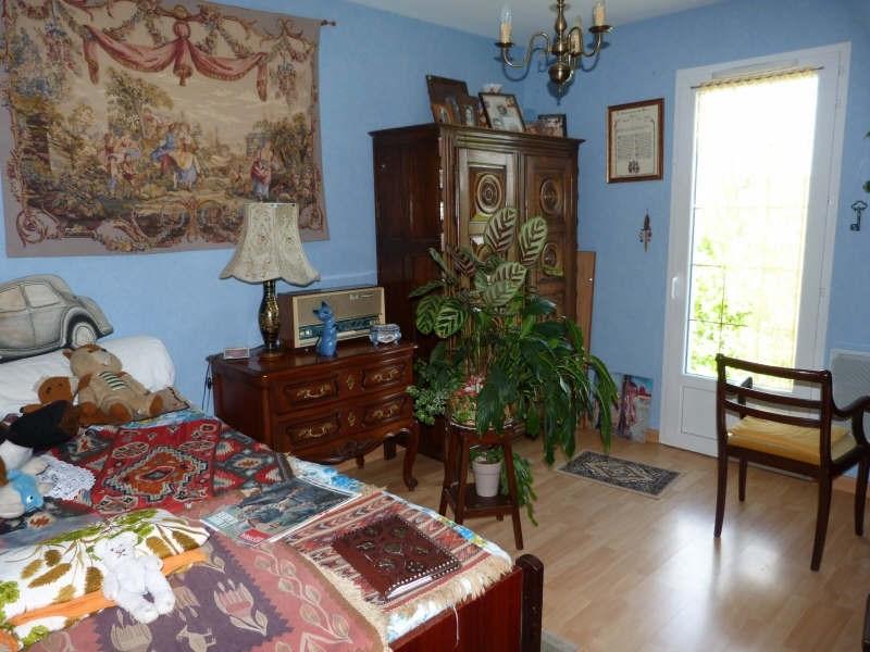 Sale house / villa Secteur chateau-renard 148500€ - Picture 6