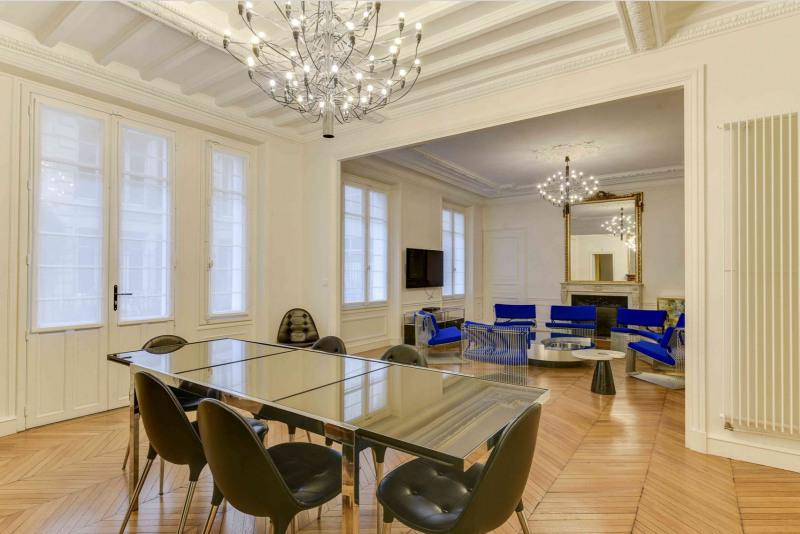 Rental apartment Paris 9ème 6500€ CC - Picture 2