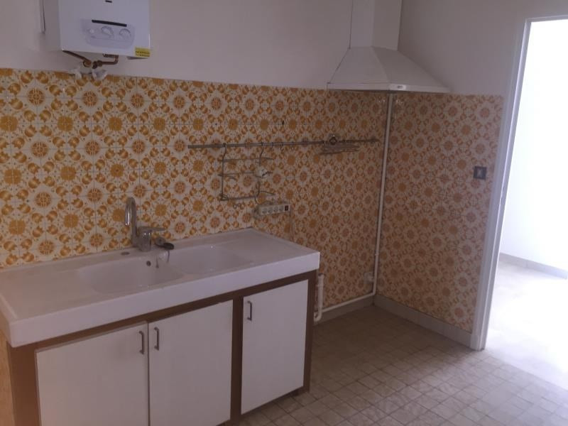 Location appartement Nimes 750€ CC - Photo 2