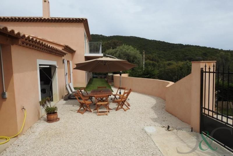 Deluxe sale house / villa Le lavandou 852000€ - Picture 2