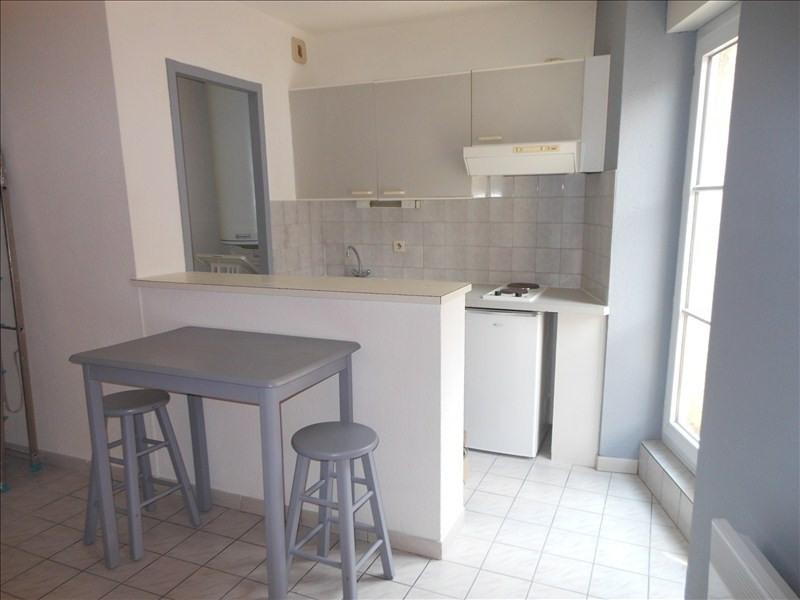 Location appartement Le puy en velay 287,79€ CC - Photo 2