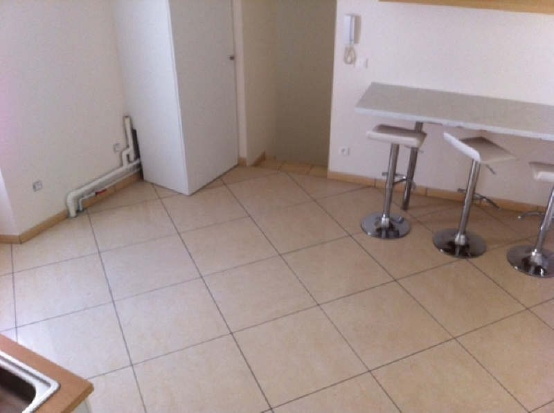 Rental apartment Vaureal 760€ CC - Picture 4