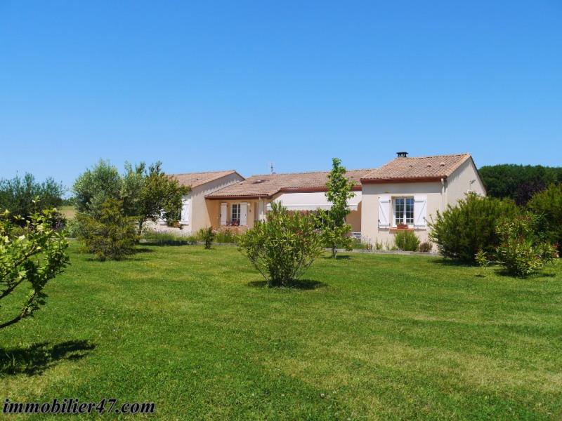 Sale house / villa Prayssas 381000€ - Picture 1
