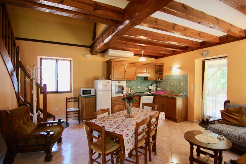 Sale house / villa Meyrals 380000€ - Picture 2