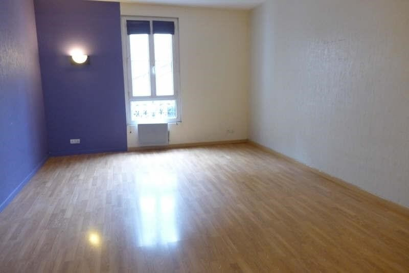 Locação apartamento Garches 868€ CC - Fotografia 1