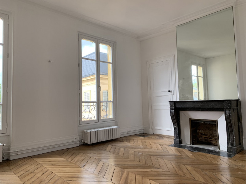 Rental apartment Versailles 2600€ CC - Picture 5