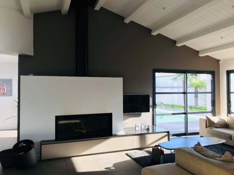 Deluxe sale house / villa Saint rogatien 884000€ - Picture 3