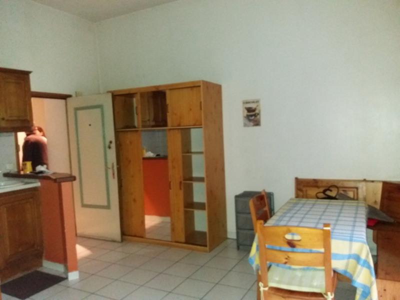 Sale apartment Grenoble 113000€ - Picture 2