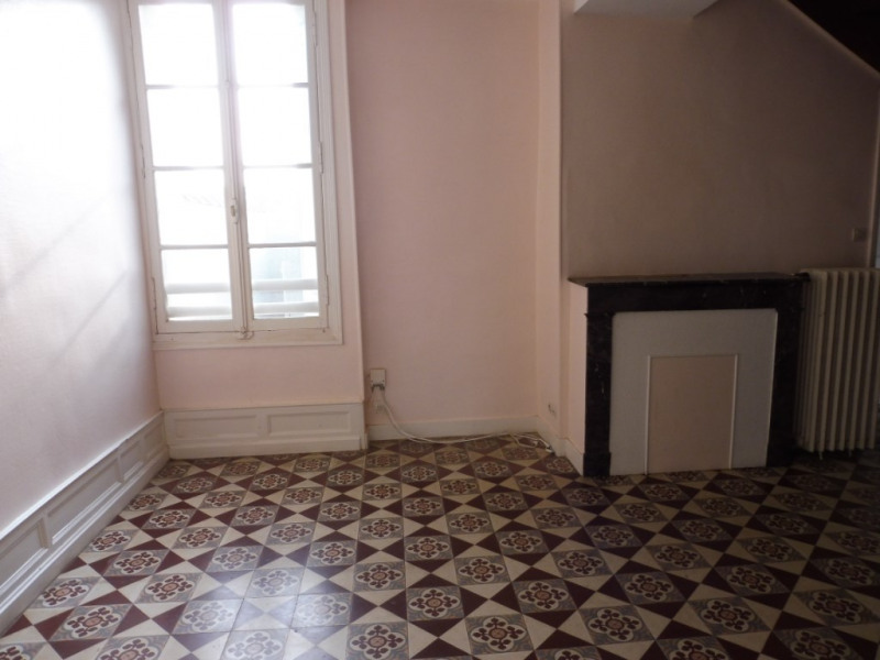 Rental house / villa Jallais 430€ CC - Picture 2