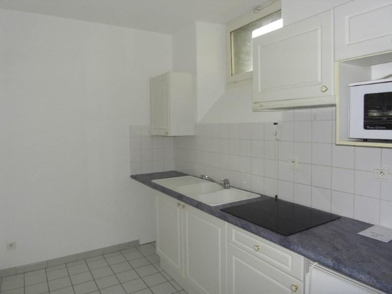 Rental apartment Cognac 650€ CC - Picture 3