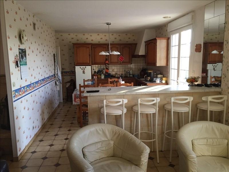 Sale house / villa La villedieu du clain 294000€ - Picture 5