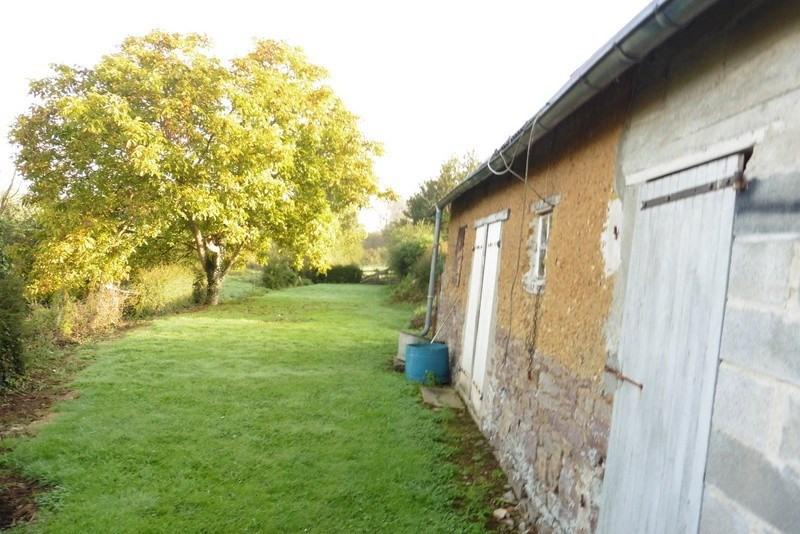 Sale house / villa St denis le vetu 65000€ - Picture 5
