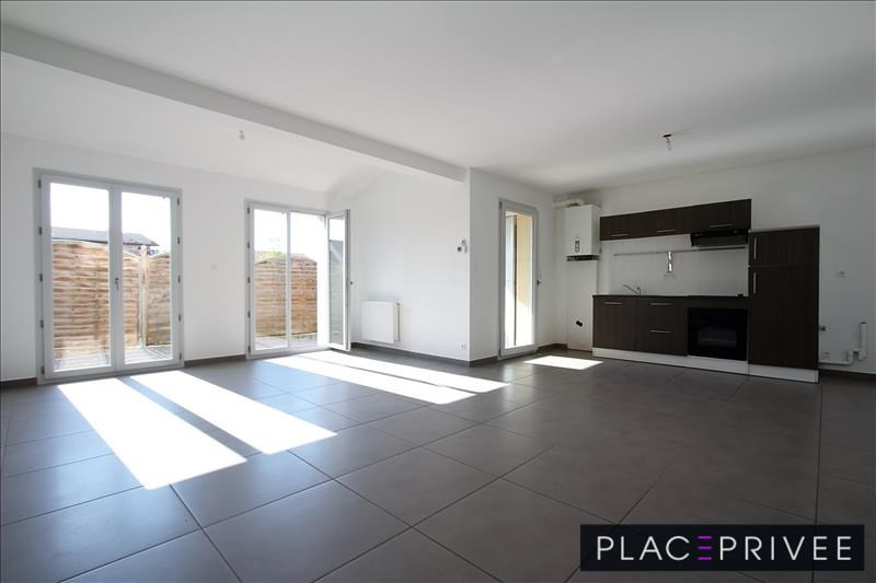 Sale house / villa Fleville 209000€ - Picture 4