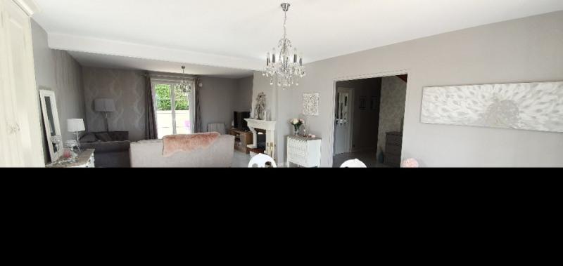 Sale house / villa La chartre sur le loir 213000€ - Picture 4