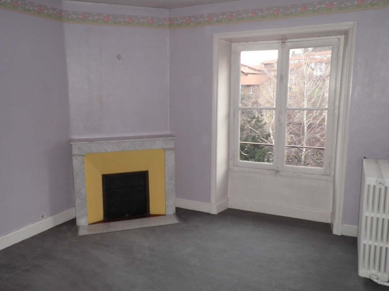 Location appartement Le puy en velay 401,79€ CC - Photo 2