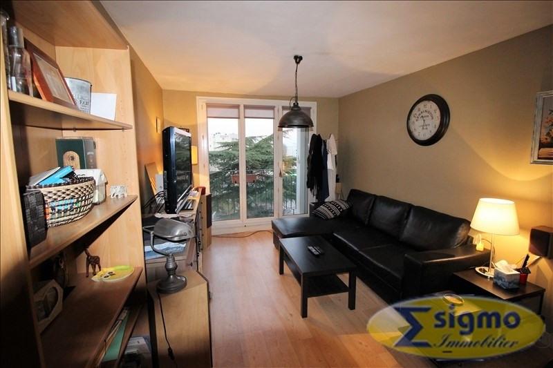 Sale apartment Chatou 200000€ - Picture 2