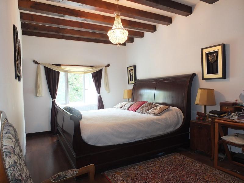 Sale house / villa Septmoncel 360000€ - Picture 5