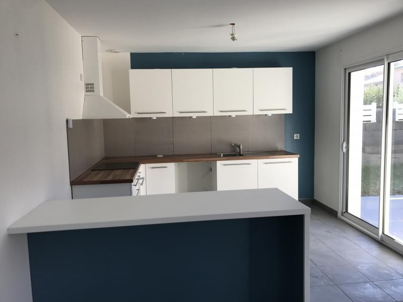 Location maison / villa Chatuzange le goubet 855€ CC - Photo 4