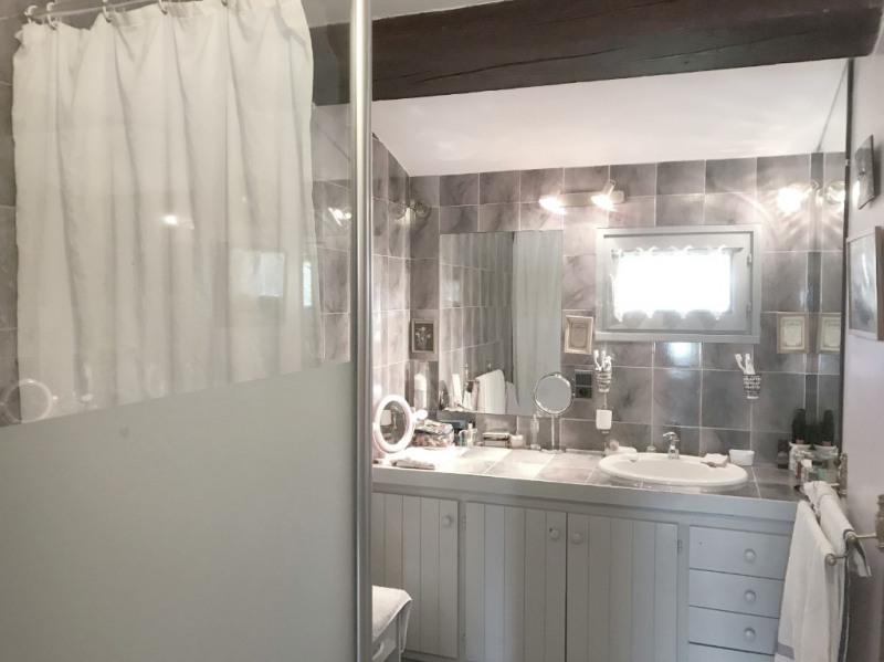 Deluxe sale house / villa Aix en provence 625000€ - Picture 12
