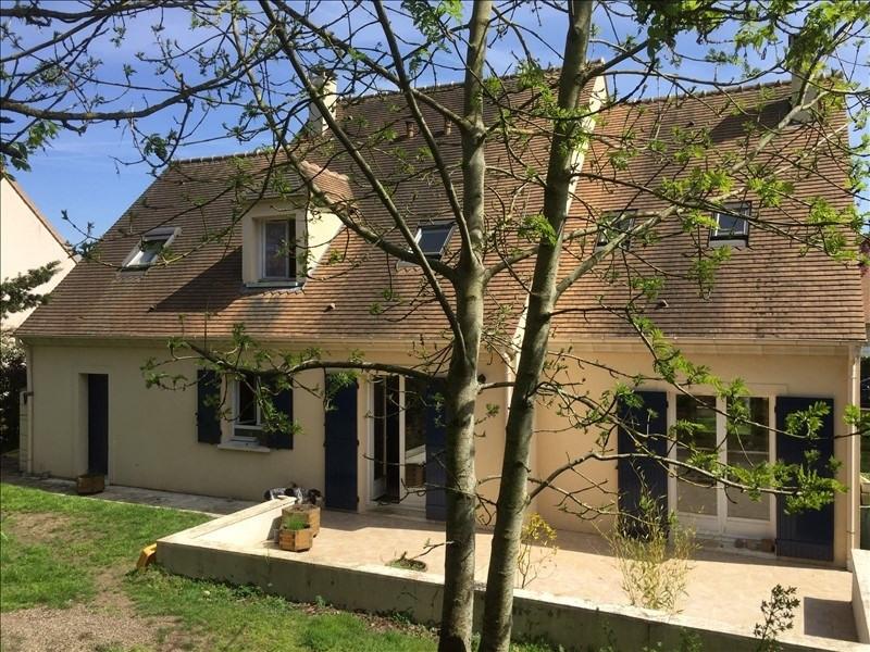 Sale house / villa Montfort l amaury 540000€ - Picture 1