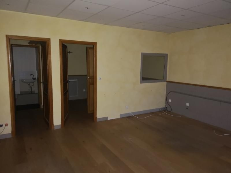 Location local commercial Bruyeres le chatel 550€ HT/HC - Photo 3