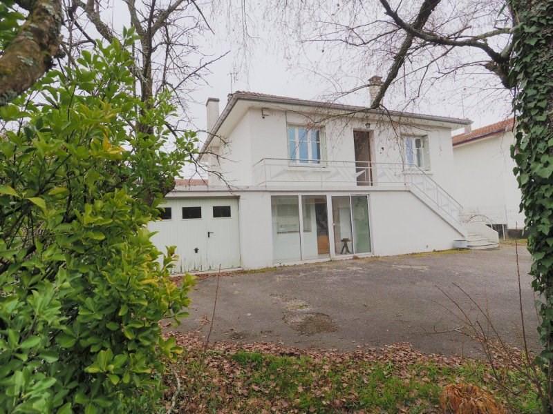 Rental apartment Attignat 530€ CC - Picture 1