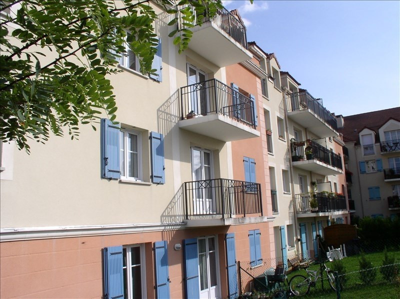 Sale apartment Plaisir 179 550€ - Picture 1
