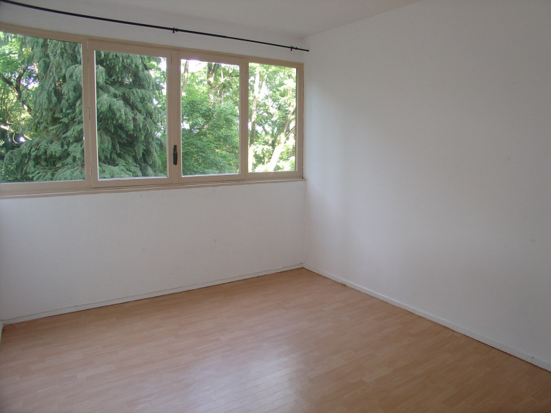 Location appartement La celle-saint-cloud 1 500€ CC - Photo 3
