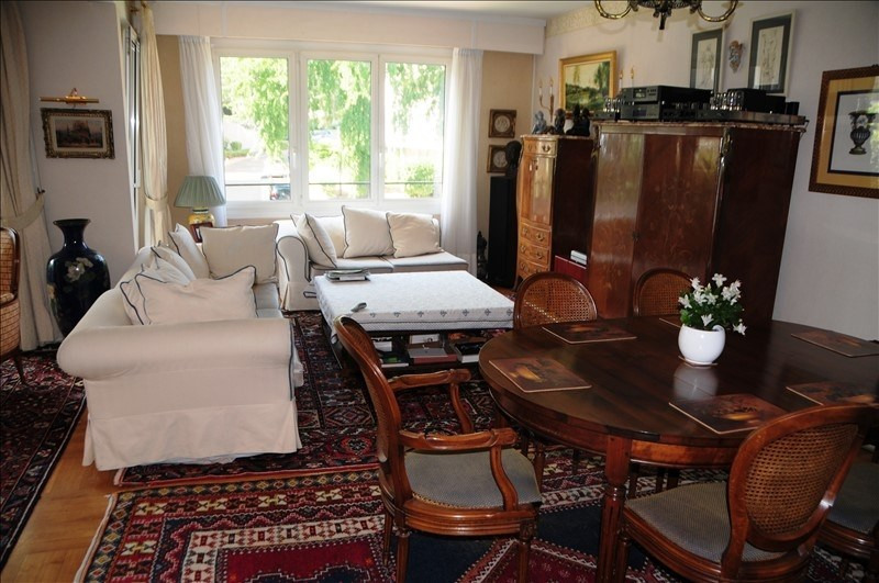 Deluxe sale apartment Ville-d'avray 998775€ - Picture 2