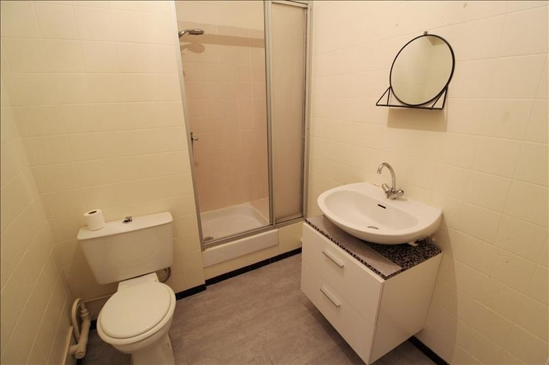 Rental apartment Maurepas 639€ CC - Picture 3