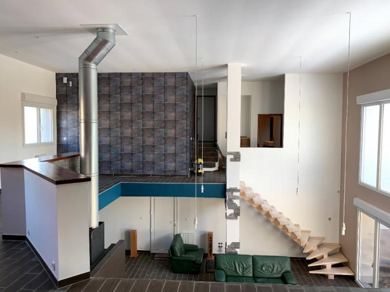 Sale house / villa Saint pierre montlimart 236800€ - Picture 4