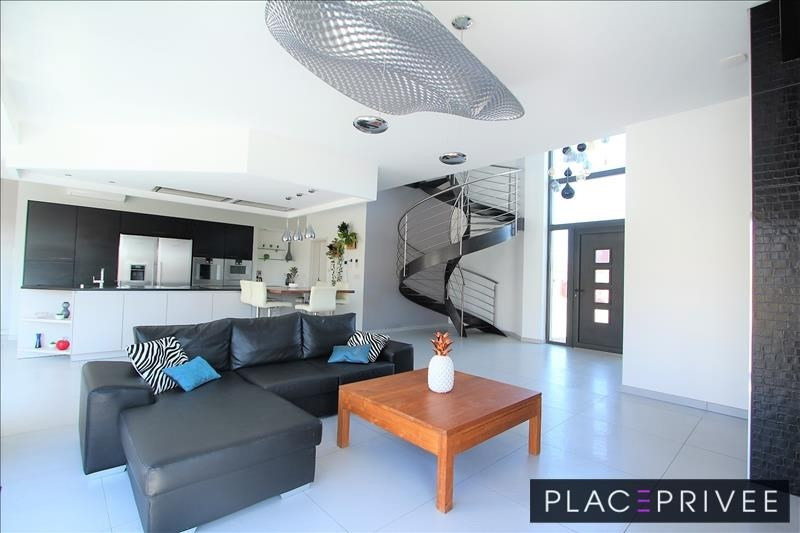Vente de prestige maison / villa Nancy 680 000€ - Photo 2
