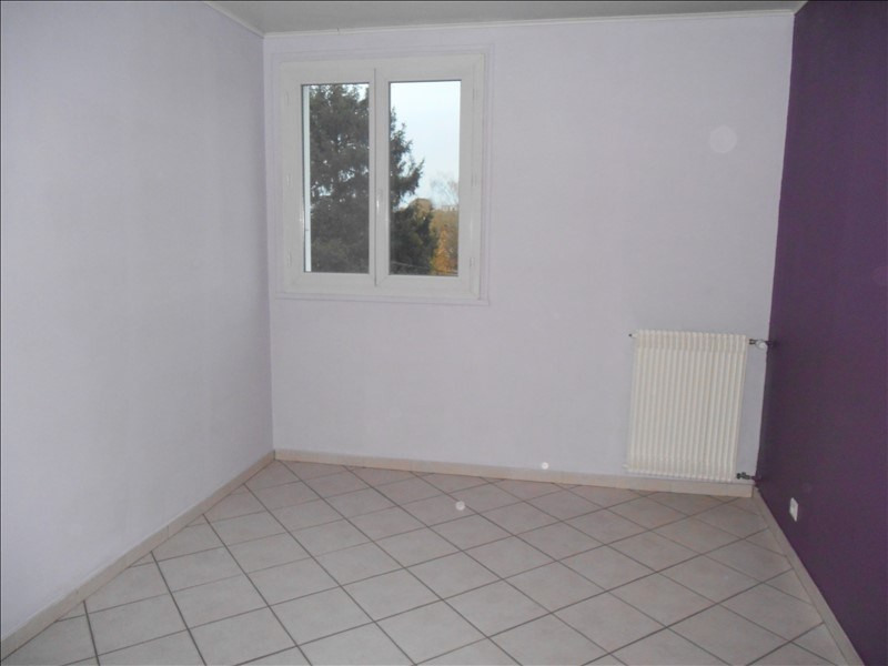 Location appartement Saint andre les vergers 436€ CC - Photo 4