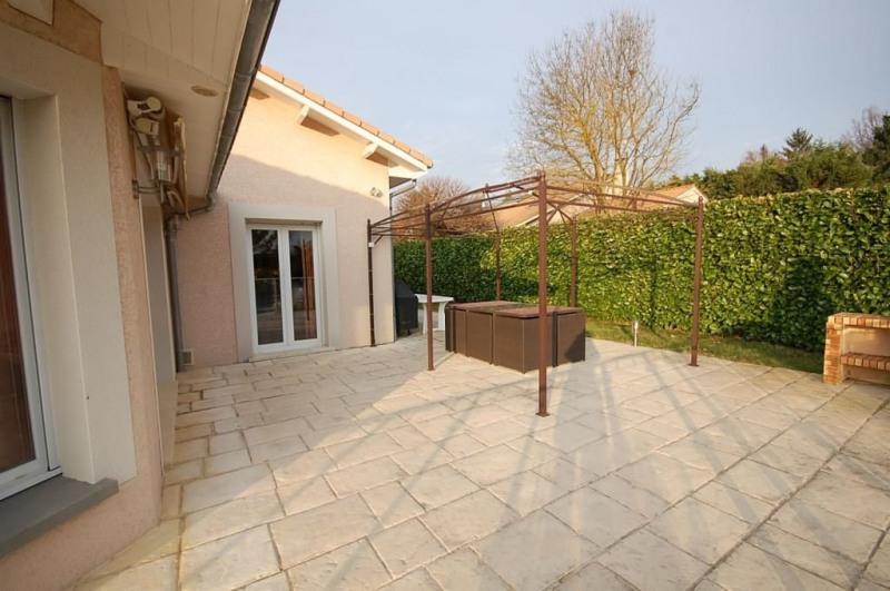 Location maison / villa Reyrieux 1650€ CC - Photo 7
