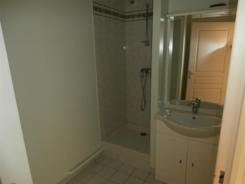 Location appartement Couëron 527€ CC - Photo 4