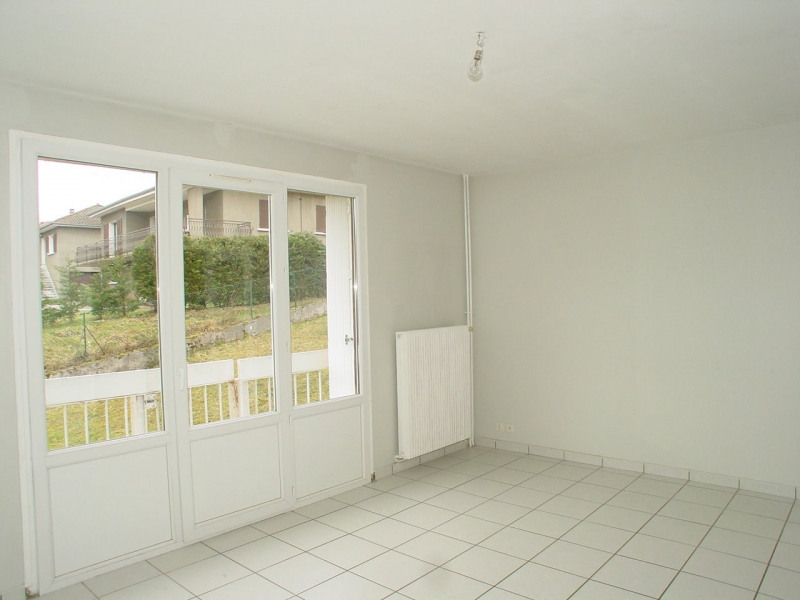 Rental apartment Dunieres 500€ CC - Picture 2