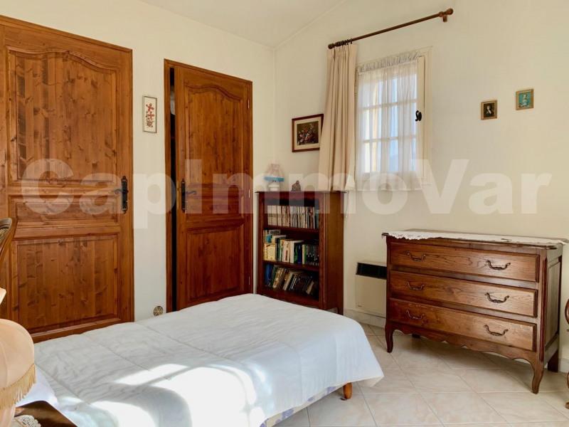 Sale house / villa Le beausset 447000€ - Picture 11