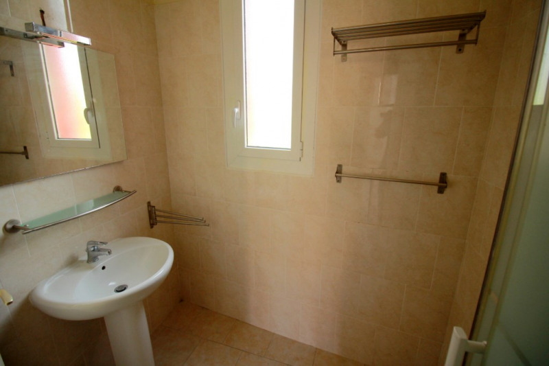 Sale apartment Nice 276 000€ - Picture 7