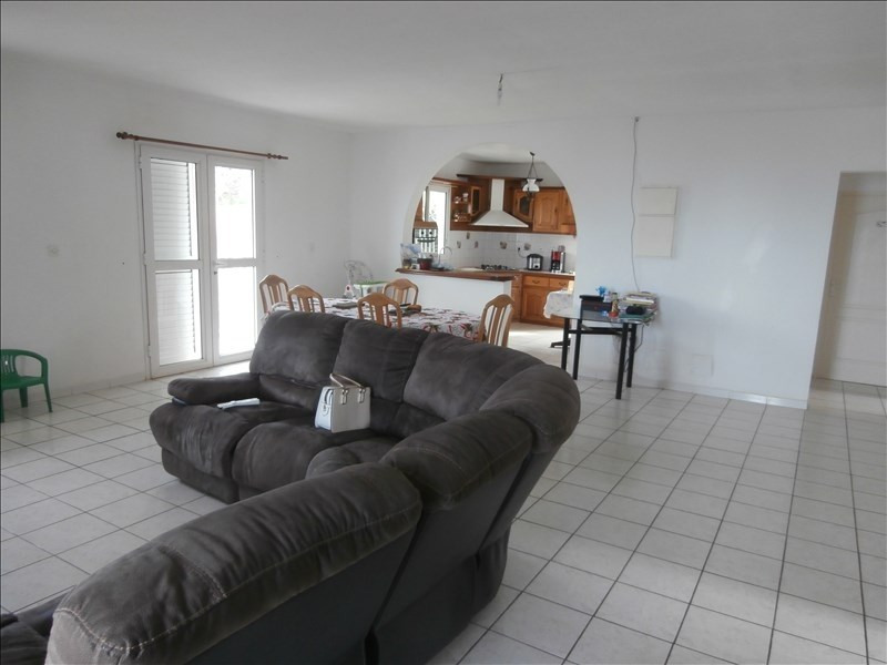Sale house / villa Les avirons 325 000€ - Picture 3